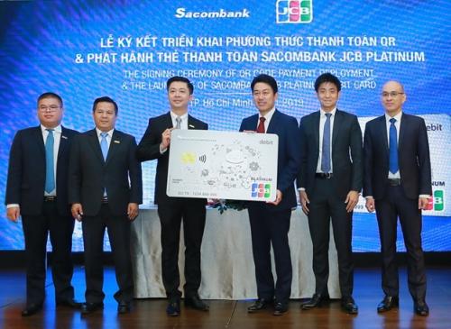 Sacombank hợp tác cùng JCB phát hành thẻ và thanh toán