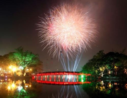 Hà Nội: Tổ chức 30 điểm bắn pháo hoa Tết Nguyên đán Kỷ Hợi