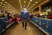 Vũ Hán: Đóng cửa sân bay, nhà ga, yêu cầu người dân không ra khỏi nhà