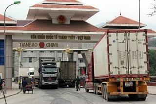 Trung Quốc kiểm soát, phòng chống dịch Covid-19 lây lan qua hàng hóa nhập khẩu