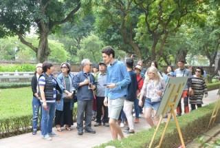 Trên 500 nghìn lượt khách đến Hà Nội dịp Tết Nguyên đán Kỷ Hợi