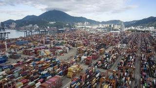 Trung Quốc cắt giảm một nửa thuế quan đối với 75 tỷ đô la hàng hóa của Mỹ