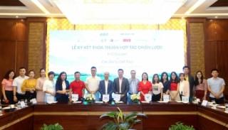 FLC Biscom 'bắt tay' với 10 đại lý golf lớn nhất Việt Nam