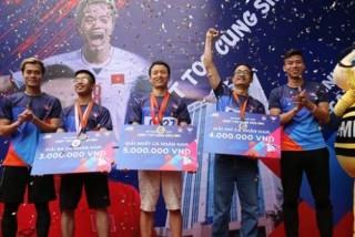 Quế Ngọc Hải và Văn Toàn hào hứng tham gia giải chạy của MB