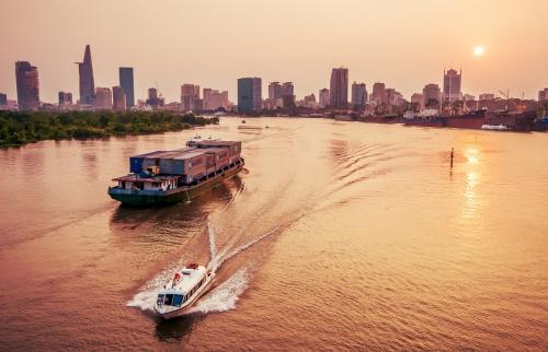 Vận tải thủy nội địa: Lời giải giảm chi phí logistics
