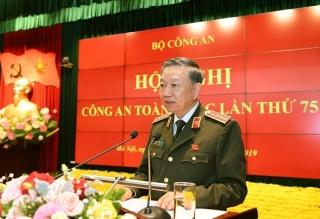 Bộ trưởng Tô Lâm: Xử lý nghiêm các trường hợp khai báo gian dối, không chấp hành cách ly