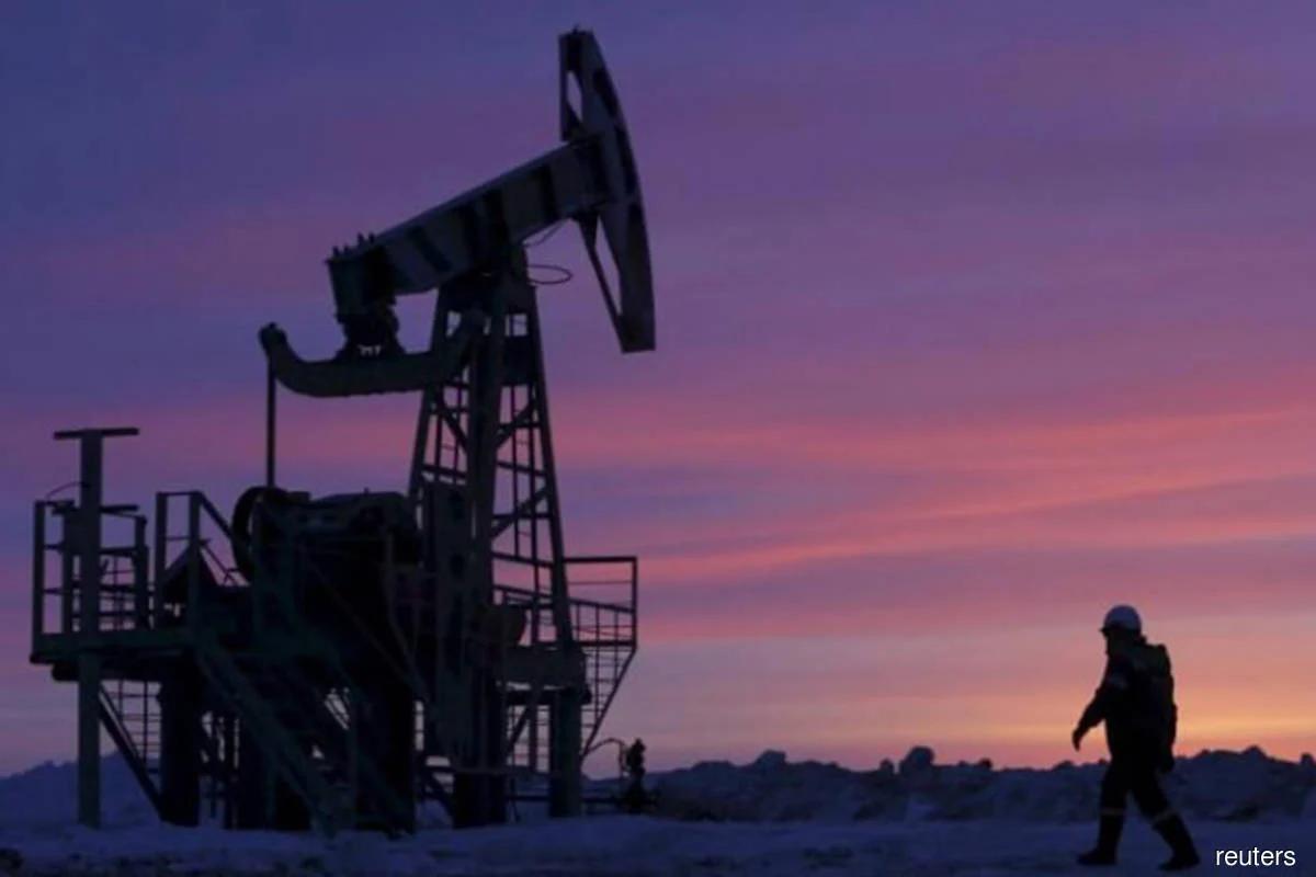 Giá dầu Brent giảm nhưng vẫn gần 70 USD/thùng