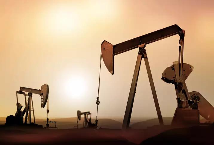 Giá dầu tiếp tục giảm do lo ngại nhu cầu yếu