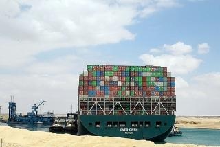 Sự cố tại Kênh Suez làm tăng thêm khó khăn cho các doanh nghiệp xuất nhập khẩu
