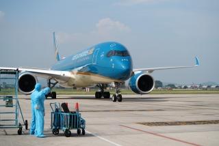 Khôi phục các chuyến bay quốc tế chở khách chia làm ba giai đoạn