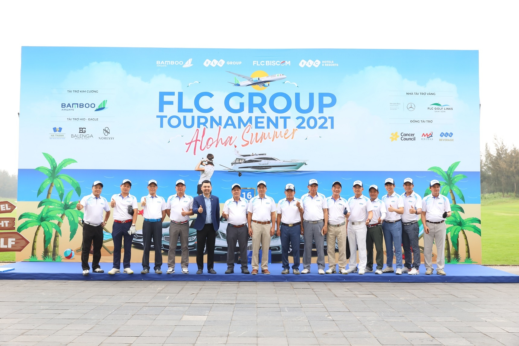 flc group tournament 2021 thu hut dong dao cac golfer