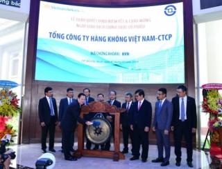 Hơn 1,4 tỷ cổ phiếu Vietnam Airlines chính thức giao dịch tại  HOSE
