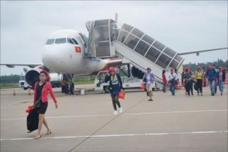 Vé máy bay trong nước hạng phổ thông tối đa 3,75 triệu đồng