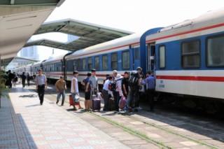 Đường sắt tăng chuyến, giảm giá vé