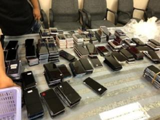 Bắt giữ lô lớn điện thoại đã qua sử dụng