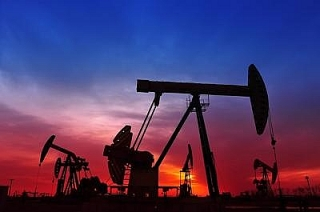 Giá dầu tăng lên mức cao nhất 8 tuần nhờ kỳ vọng nhu cầu cải thiện