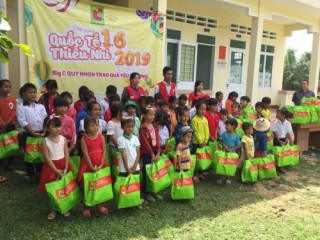 Central Group Việt Nam tặng 3.700 phần quà cho trẻ em dịp Quốc tế Thiếu nhi 1/6