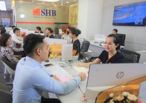 Gửi tiết kiệm tại SHB được miễn phí bảo hiểm năm đầu gói Đại gia An phúc