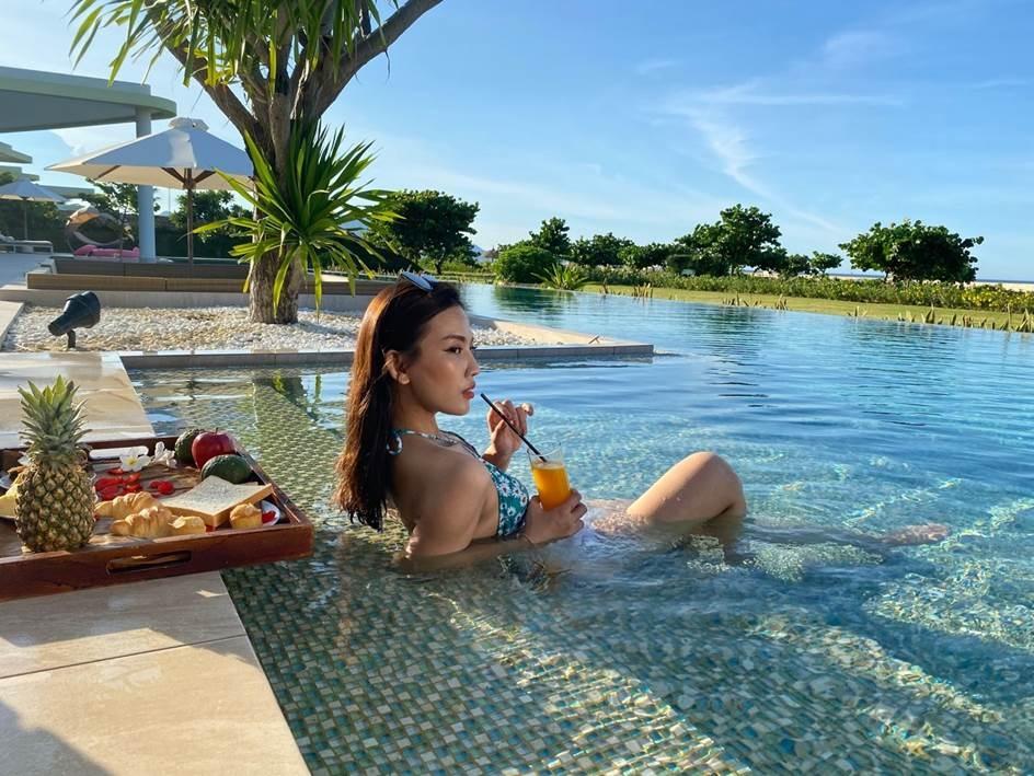 co gi trong hai khu villa bien biet lap noi tieng cua flc hotels resorts