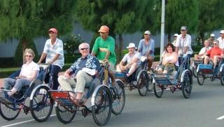 Hơn 9 triệu lượt khách quốc tế đến Việt Nam