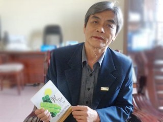 """Nhà thơ Đỗ Xuân Đồng: """"Ta lột hồn ta để được làm người"""""""