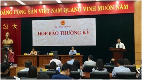 Bộ Công Thương: Big C dừng nhập hàng may mặc Việt chỉ là tạm thời