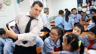 Việt Nam lọt top 10 nơi làm việc và sinh sống tốt nhất