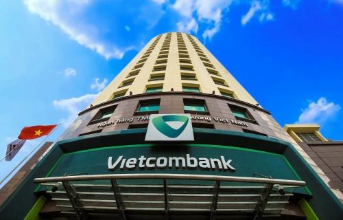 Vietcombank - ngân hàng Việt duy nhất lọt Top 100 doanh nghiệp quyền lực nhất