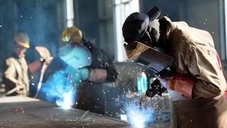Hoạt động sản xuất tại Trung Quốc cải thiện tháng thứ 5 liên tiếp