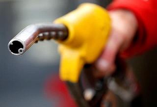 Giá dầu sẽ giao dịch gần 70 USD/thùng cho đến cuối năm