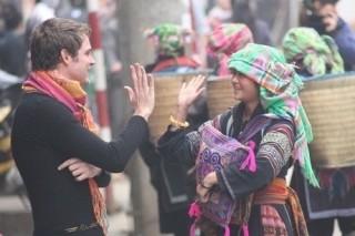 Khách quốc tế đến Việt Nam vượt 10 triệu lượt