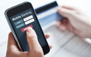 """3 """"tuyệt chiêu"""" để người bán hàng tránh bị lừa chuyển tiền qua mobile banking"""