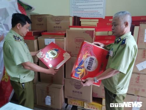 Tịch thu hơn 2000 bánh Trung Thu Trung Quốc nhập lậu tại Bắc Ninh
