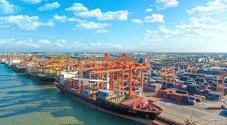 Samsung tăng xuất khẩu, tháng 8 xuất siêu kỷ lục 3,5 tỷ USD