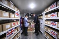 Việt Nam nhận 415.000 liều vắc-xin COVID-19 do chính phủ Anh trao tặng