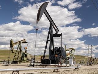 Giá dầu tăng trở lại do căng thẳng tại Trung Đông