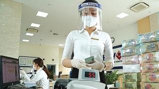 TP.HCM: Cấp giấy đi đường cho nhân viên ngân hàng