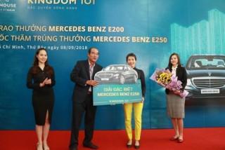 Chủ đầu tư Kingdom 101 trao thưởng Mercedes Benz E200