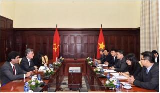Thống đốc NHNN tiếp Phó Chủ tịch AIIB