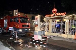 Hà Nội: Yêu cầu công bố kết quả quan trắc môi trường vụ cháy Công ty Bóng đèn phích nước Rạng Đông