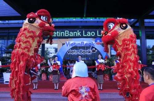 VietinBank tiếp tục  khẳng định cam kết đầu tư, hợp tác lâu dài tại nước bạn Lào