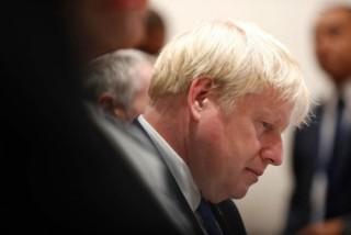 Thủ tướng Anh đối mặt áp lực từ quốc hội, khi sự hỗn loạn Brexit ngày càng gia tăng