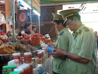 TP.HCM: Gần 6.500 trường hợp vi phạm an toàn thực phẩm