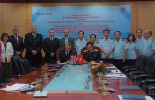 Hải quan Việt - Anh ký Biên bản ghi nhớ về hợp tác