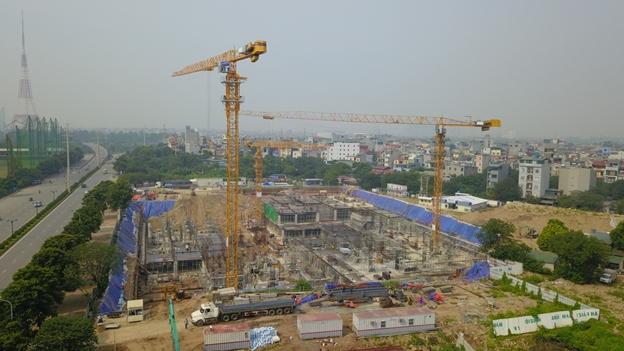 Vụ 'đại công trường' thi công không phép giữa Hà Nội: Bị đình chỉ vẫn ngang nhiên xây dựng