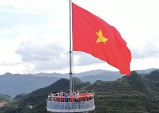Chương trình giáo dục chính trị tư tưởng, truyền thống cách mạng và an sinh xã hội tại Hà Giang