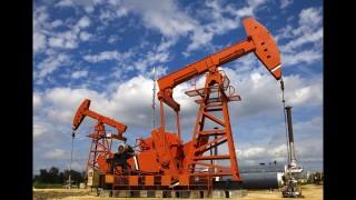 Giá dầu 'rơi' phiên thứ ba do căng thẳng thương mại Mỹ - Trung đe dọa giảm nhu cầu