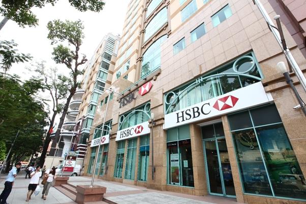HSBC Việt Nam nhận cùng lúc hai danh hiệu từ Euromoney