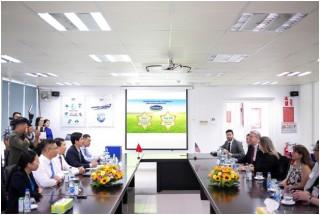 Thứ trưởng Bộ Nông nghiệp Mỹ đánh giá cao sự phát triển của Vinamilk
