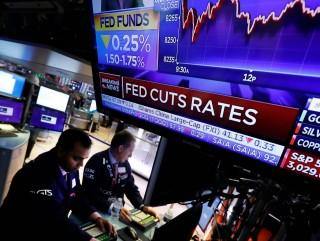 Fed tiếp tục cắt giảm lãi suất, nhưng có thể sẽ tạm dừng xu hướng nới lỏng